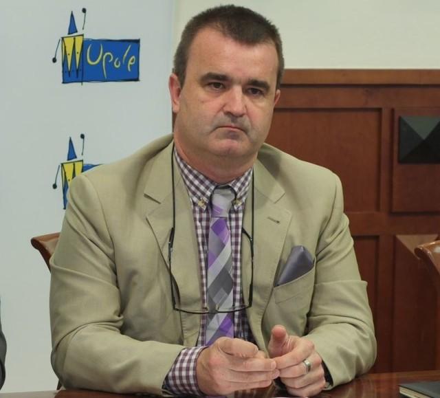 Piotr Dancewicz obecnie jest szefem wydziału Urzędu Miasta Opola, który zajmujące się m.in. pozyskiwaniem unijnych dotacji dla Opola.