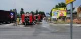 Ogień w sklepie z częściami hydraulicznymi w Pińczowie. Akcja strażacka trwała pięć godzin