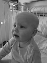 Zmarła 2-letnia Izunia Kmiotek z Rzeszowa. Na jej ratowanie w 48 godzin zebrano 1,5 miliona złotych. Niestety, nie udało się