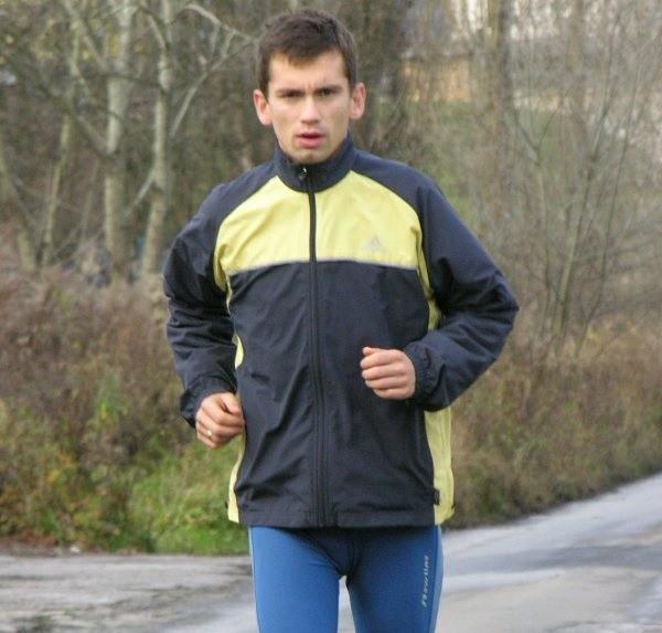 Na treningach Łukasz przebiega od 18 do 22 kilometrów.