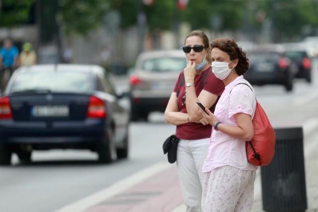 Najwięcej osób uważających, że epidemia koronawirusa jest bardzo poważnym zagrożeniem dla ludzi jest wśród wyborców KO.