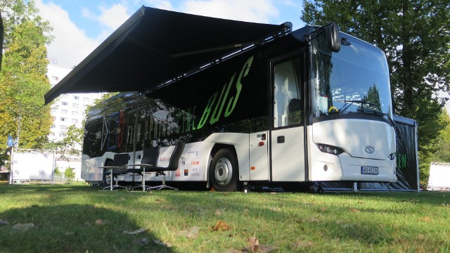 Tak wygląda Cinebus, czyli mobilne studio filmowe. Ten Wyjątkowy bus od poniedziałku będzie do dyspozycji opolan.