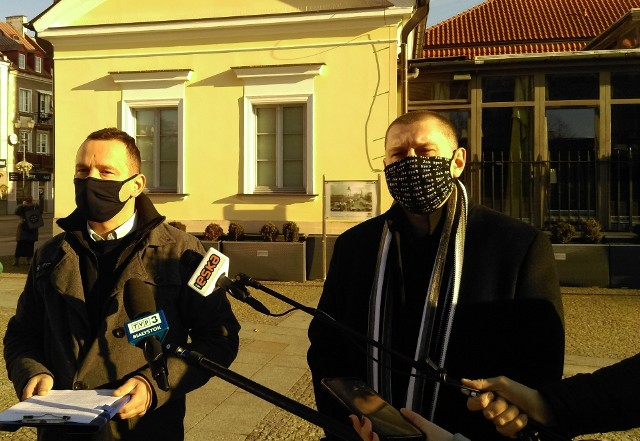 Maciej Biernacki i Tomasz Kalinowski wierzą, że zmianę systemu opłat poprą inni radni