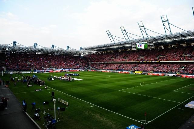 Na pełne trybuny na meczach Wisły Kraków trzeba jeszcze poczekać