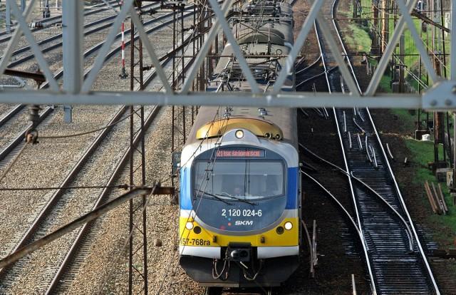 Zadymienie w pociągu SKM w czwartek, 13.05.2021 r.! Duże utrudnienia dla pasażerów