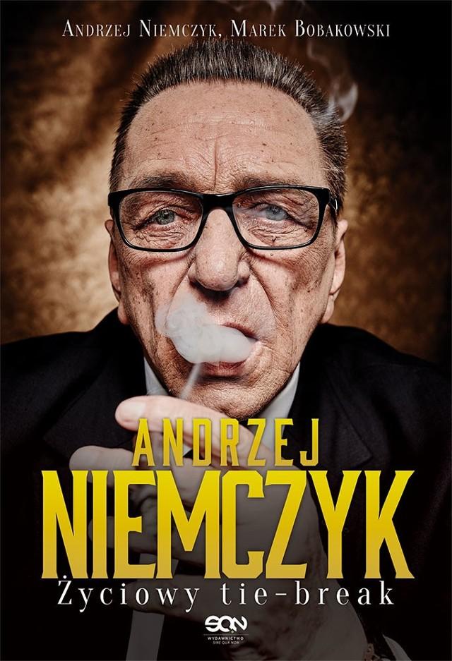 Andrzej Niemczyk skorzystał z propozycji dziennikarza sportowego Marka Bobakowskiego i dał się namówić na wspólne stworzenie porywającej autobiografii.