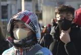 Koronawirus Wuhan zabija w Chinach. Pojawił się nowy śmiertelny wirus nCoV. Wywołuje zapalenie płuc [WIDEO] WHO ostrzega przed pandemią