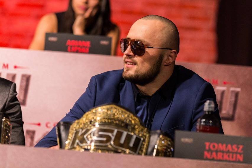 Tomasz Narkun chciałby spróbować swoich sił w boksie.