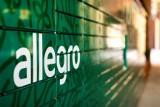 Allegro ma już pierwsze automaty paczkowe. W Poznaniu pojawił się na Nowym Rynku