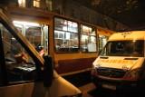 Tragedia w tramwaju linii 15A. Pasażerka zmarła mimo reanimacji [ZDJĘCIA+FILM]
