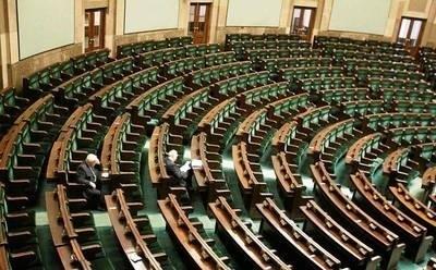 Posłowie zawodowi nie zawsze poważnie traktują swój zawód... Fot. Wojciech Barczyński