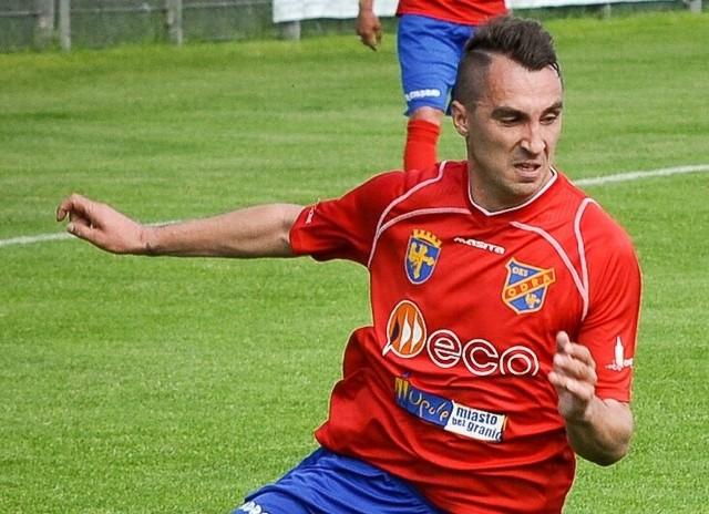 Bramka Dawida Jarki dała Odrze cień szansy na utrzymanie, ale ostatecznie padł remis i nasz zespół spadł z II ligi.