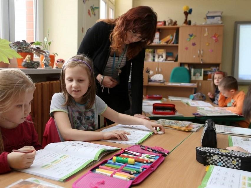 We wrześniu do pierwszej klasy pójdą obowiązkowo wszystki  sześciolatki i siedmiolatki