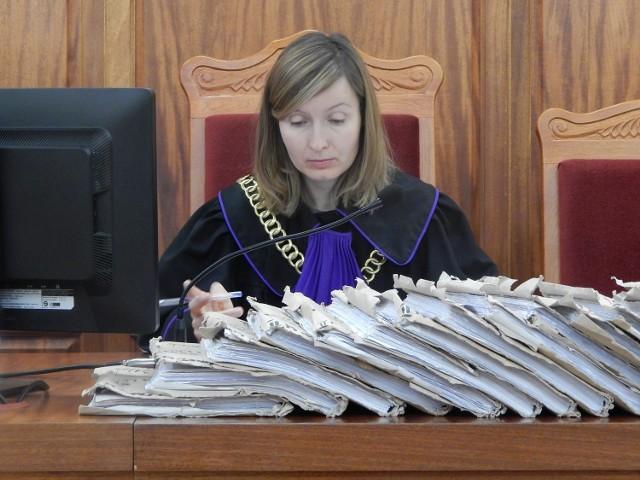 Powtórkę procesu prowadzi sędzia Dorota Staszak.