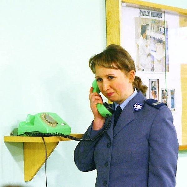 Renata Konopelska z uśmiechem na twarzy  informowała o wynikach