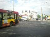Wrocław: Awaria świateł na skrzyżowaniach częściowo naprawiona. Ale nie wszędzie (ZDJĘCIA)