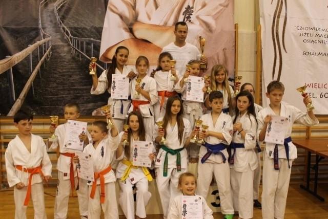 Ekipa Niepołomickiego Klubu Karate Kyokushin