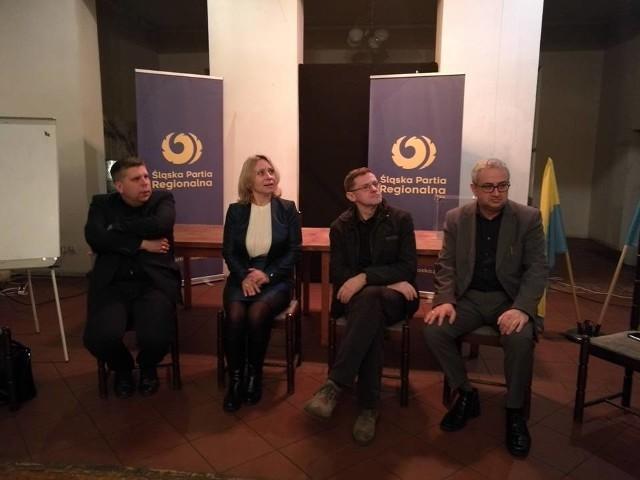 """W katowickim klubie """"Marchołt"""" dyskutowano o przyszłości Śląskiej Partii Regionalnej"""