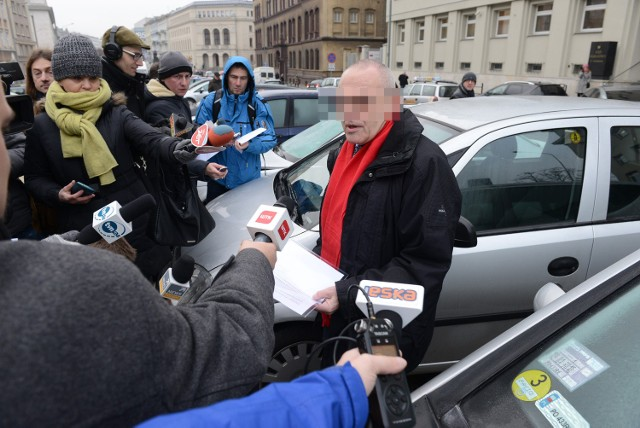 Sprawa Ziętary: Prokuratura oskarży Aleksandra G. o namawianie do zabicia dziennikarza