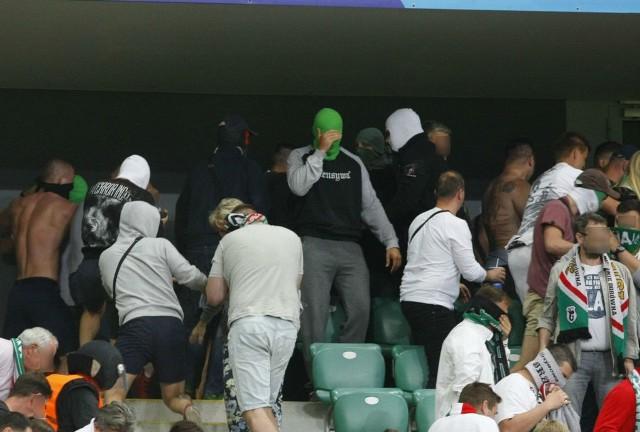 ZOBACZ TEŻ:Doping podczas meczu Lech - Legia