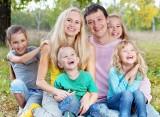 Program Mama PLUS. Kiedy wejdą w życie emerytury matczyne? Minister Elżbieta Rafalska: realny termin to…