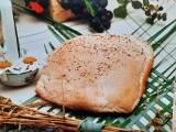 Jak upiec chleb domowy na drożdżach i na piwie? Pogotowie kulinarne, czyli jak przygotować święta wielkanocne 2020 w czasie zarazy