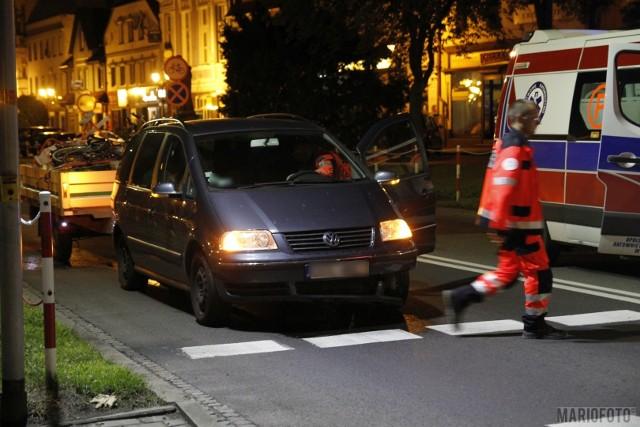 Do zdarzenia doszło w sobotę około godziny 1.30 na drodze krajowej 46 w centrum Niemodlina.