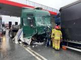 Tragiczny wypadek w Mierzęcicach. Mama z 3-miesięcznym dzieckiem zginęła w roztrzaskanym aucie na trasie S1