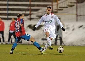 Od Pawła Brożka wszyscy oczekują znów zdobywania bramek Fot. Wacław Klag