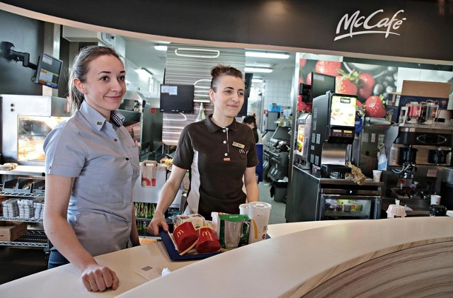 Sieć McDonald's podniosła ceny swoich najpopularniejszych produktów. To kolejna podwyżka, którą klienci mogli zaobserwować po Wielkanocy.
