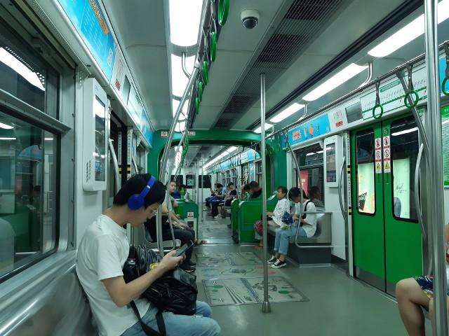Jeden z modeli kolejki przedstawiciele miasta oglądali podczas wizyty w Chinach. W piątek w ratuszu przedstawiciele firmy budującej takie środki transportu gościli w ratuszu. Omawiano m.in. możliwości realizacji takiego przedsięwzięcia w Rzeszowie.