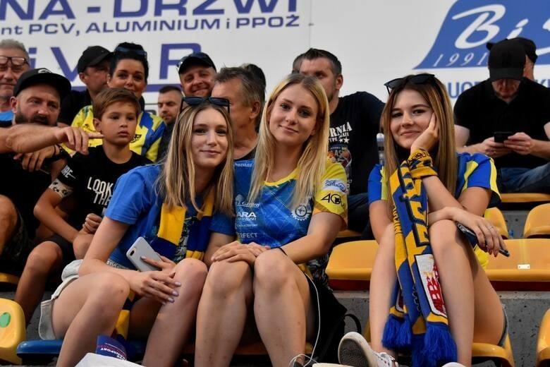 Piękne fanki GKM-u Grudziądz. Ale oni mają wspaniały doping!!!