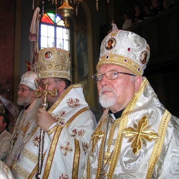 Arcybiskup Sawa (w  środku) i Adam Dubec (z prawej). Obaj współpracowali ze Służbą Bezpieczeństwa.