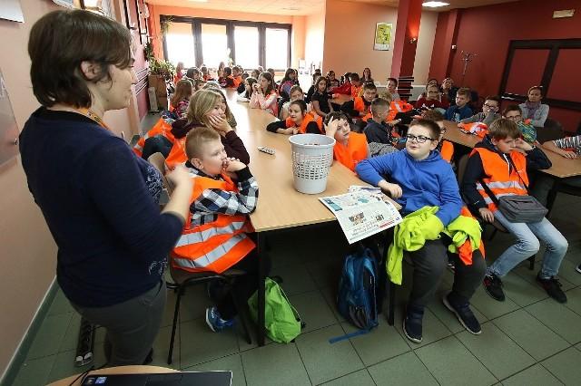 W warsztatach Kieleckiego Banku Żywności wzięli udział między innymi uczniowie ze Szkoły Podstawowej numer 34.