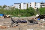Wrocław. Kiedyś było tu koczowisko Romów, teraz działka jest na sprzedaż. Co tam powstanie?