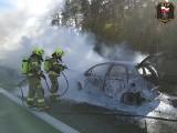 Pożar samochodu na autostradzie A1 [28.05.2020]. Utrudnienia w ruchu za węzłem Swarożyn w stronę Torunia