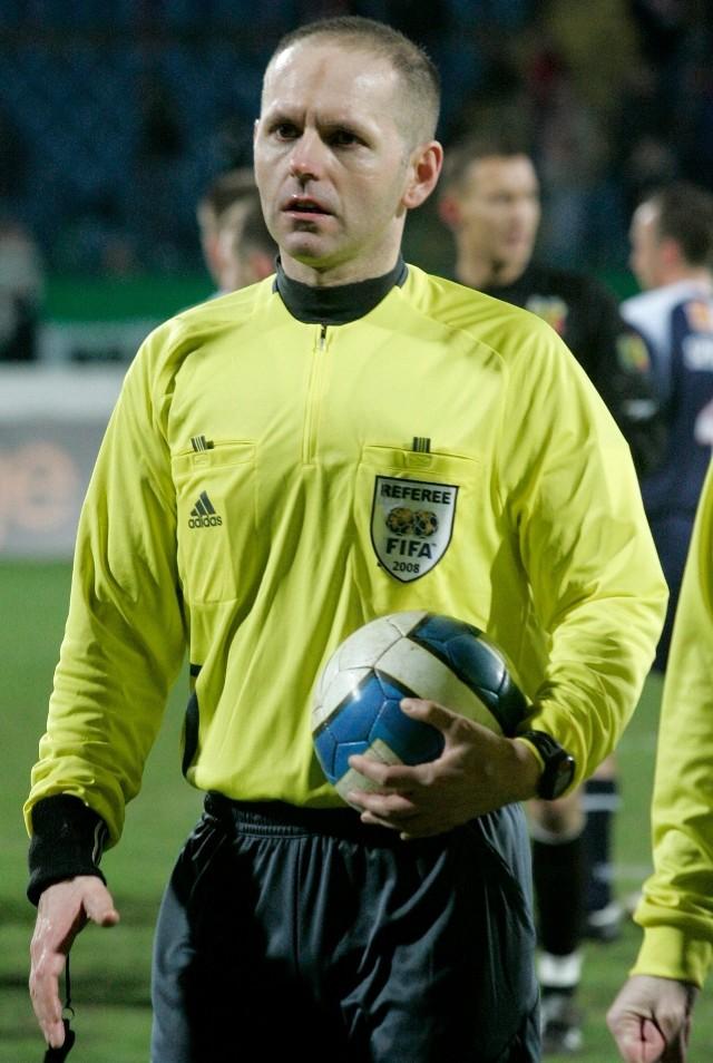 Tomasz Mikulski był sędzią piłkarskim w latach 1994-2011.