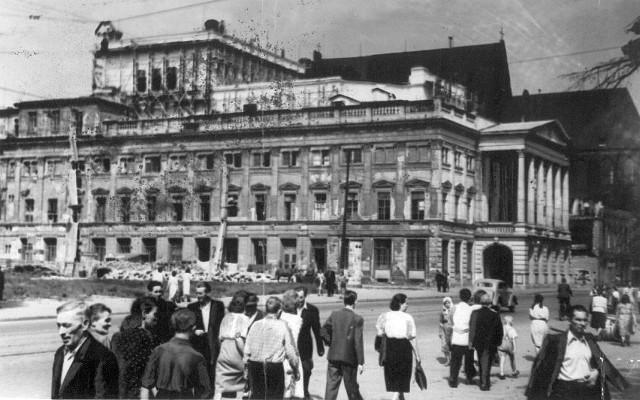 Świdnicka i opera