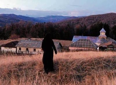 """""""Za wzgórzami"""" to film zadający najtrudniejsze pytania FOT. STOWARZYSZENIE NOWE HORYZONTY"""