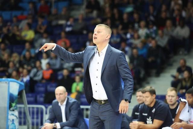 Trener Marek Łukomski wraca do Szczecina w roli szkoleniowca, ale w nieco innych okolicznościach.