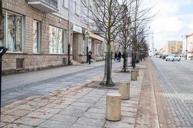 Przedsiębiorcy z ulicy Lipowej w Białymstoku nie mają co liczyć na przywrócenie miejsc parkingowych w pobliżu ich firm.