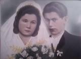Fotografia ślubna dawniej i dziś. Sztywno, na stojąco i z poważną miną - taka była kiedyś moda