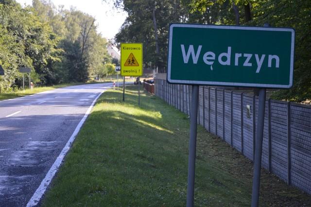 Zaprzecza się plotkom o ucieczkach z ośrodka znajdującego się na terenie poligonu w Wędrzynie.