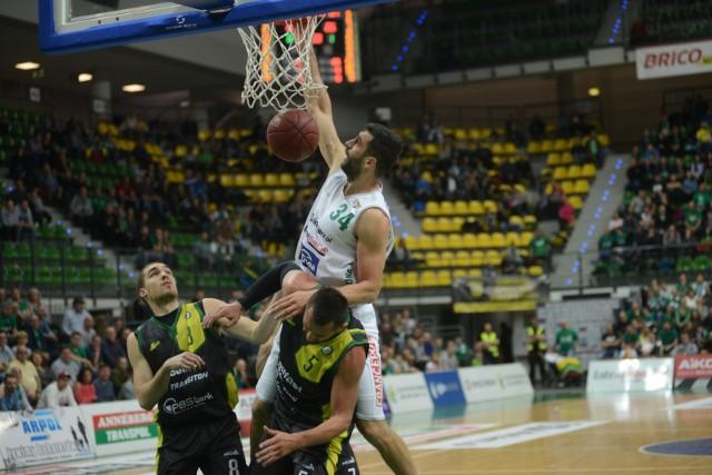 W meczu pierwszej rundy Miasto Szkła przegrało w  Toruniu 75:92.