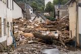 Zachodnie Niemcy:  42 śmiertelne ofiary potężnej powodzi, którą wywołały katastrofalne opady