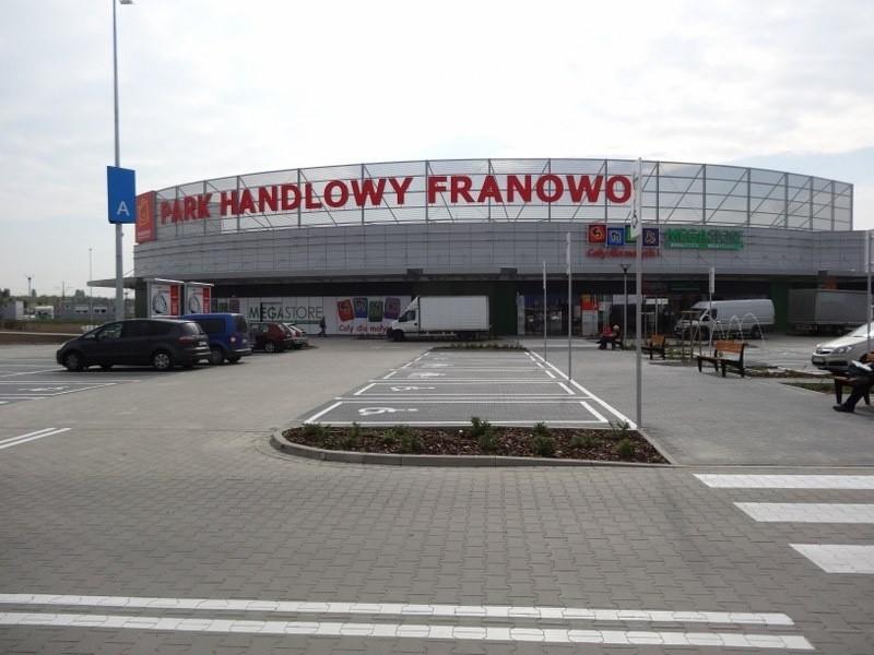 Ostatnie przygotowania do otwarcia Parku Handlowego Franowo.