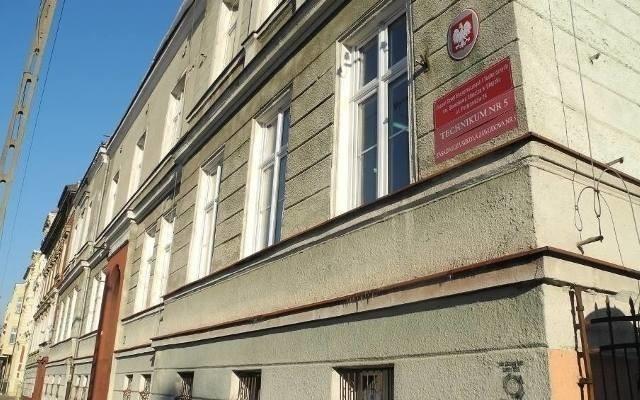 """Szkoła Branżowa """"Rzemiosło"""" w Słupsku nie zajmie pomieszczeń po ekonomiku."""