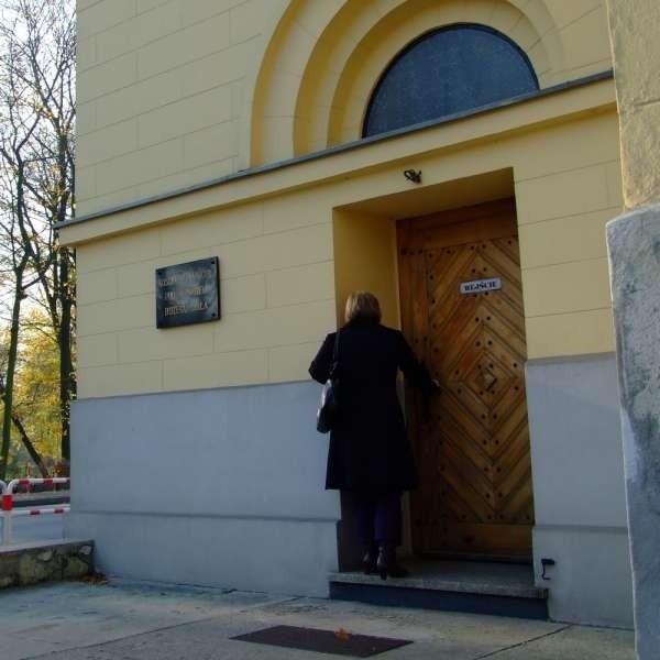 Kościół był tyle razy okradany, że proboszcz musiał go zamknąć.