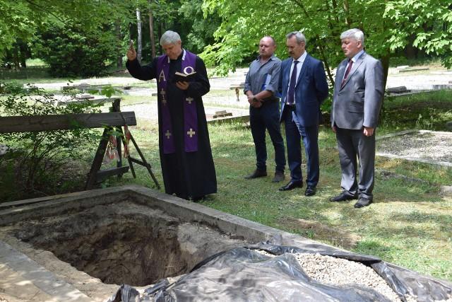Pogrzeb żołnierzy radzieckich w Kędzierzynie-Koźlu.