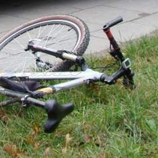 Zginął rowerzysta. Do tego tragicznego wypadku doszło między  miejscowościami Sokoły  i Truskolasy - Lachy